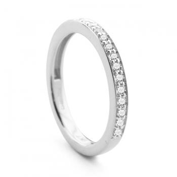 Diamond & 9ct Gold Half Eternity Ring.