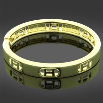 Gold Tone Fashion Bangle