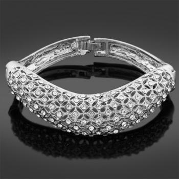 Silver Tone Fashion Bangle With Diamante Detail