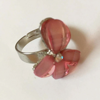 Stoneset Fashion Ring